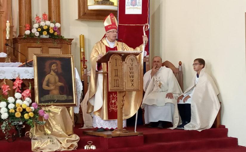 З 24 по 31 серпня 2019 року в Шепетівській парафії Воздвиження Святого Хреста з канонічною візитацією перебував єпископ-помічник Кам'янець-Подільської дієцезії Ян Нємєц.